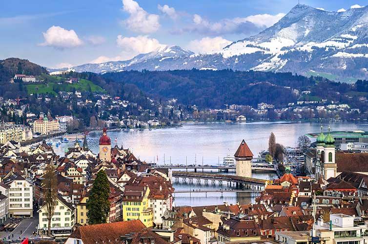 Swiss-Alps-adventure-Instagram-worthy-destinations