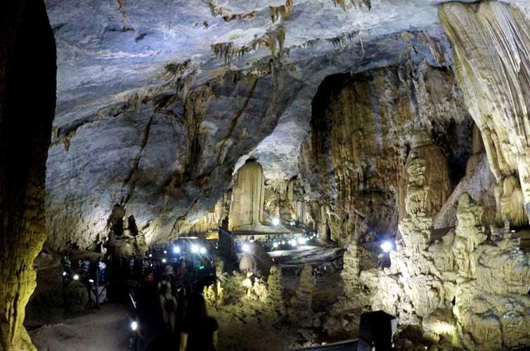 cave-central-vietnam-adventure