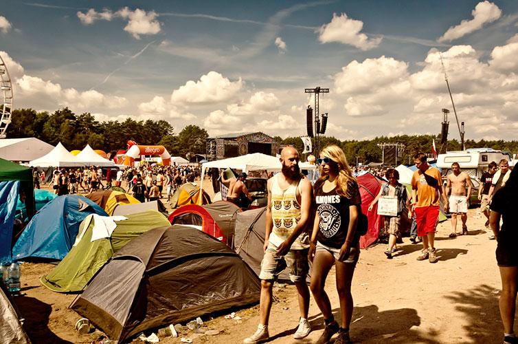 music-festivals-camping